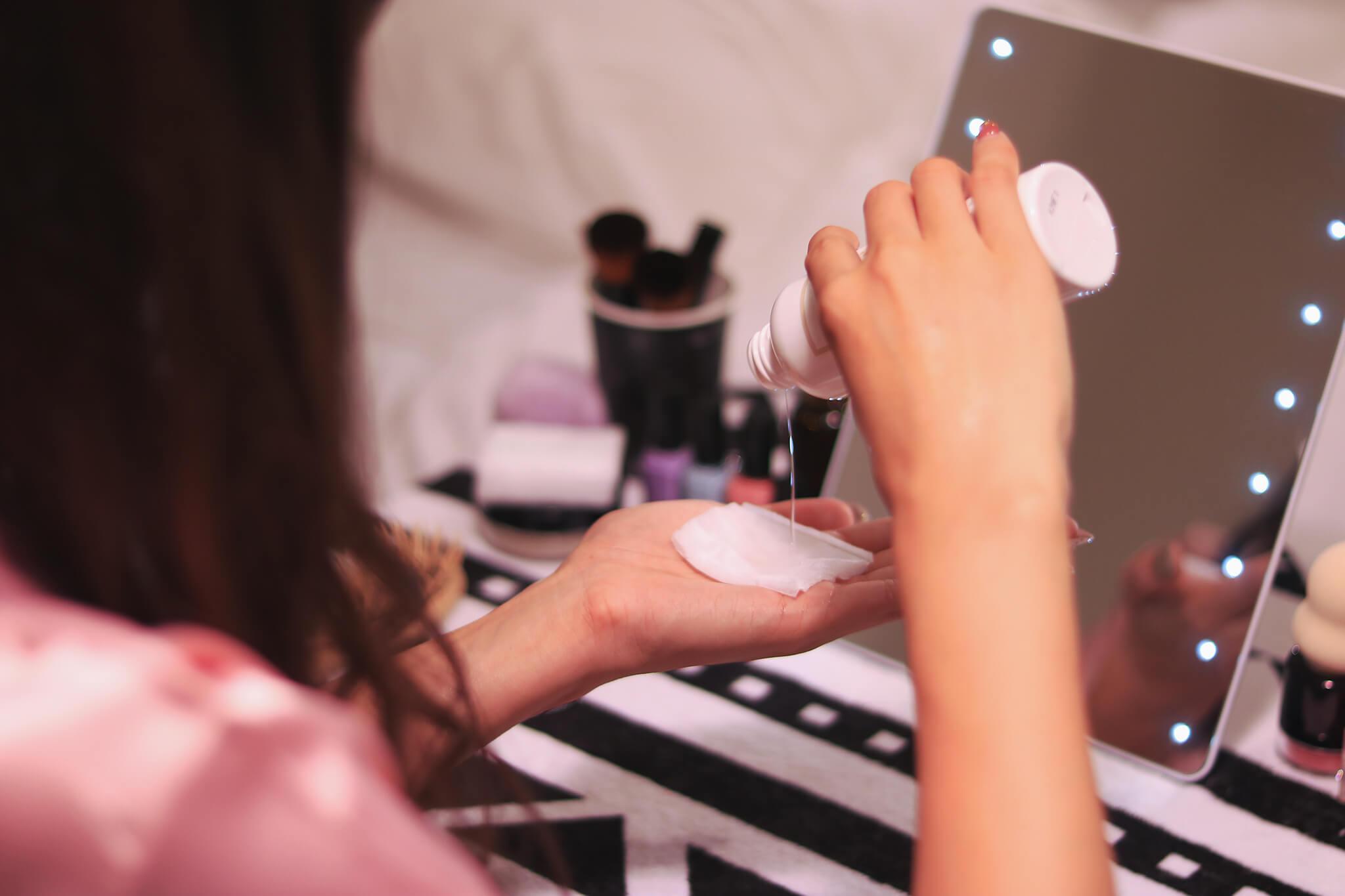 色白肌になりたい方の実践法!「美白化粧品おすすめの選び方」編
