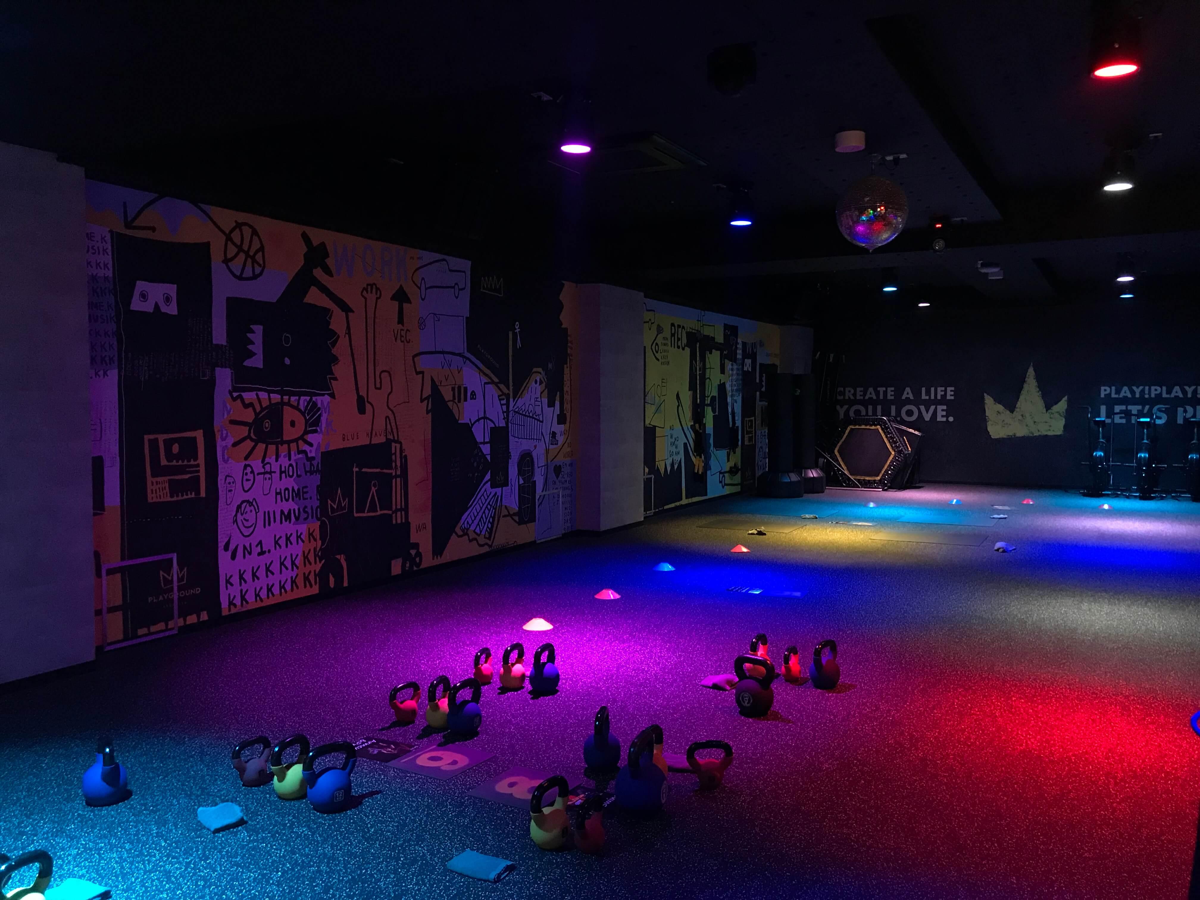 ニューヨーク、ブルックリンで話題の暗闇フィットネス【PLAYGROUD GINZA】を体験してきました!