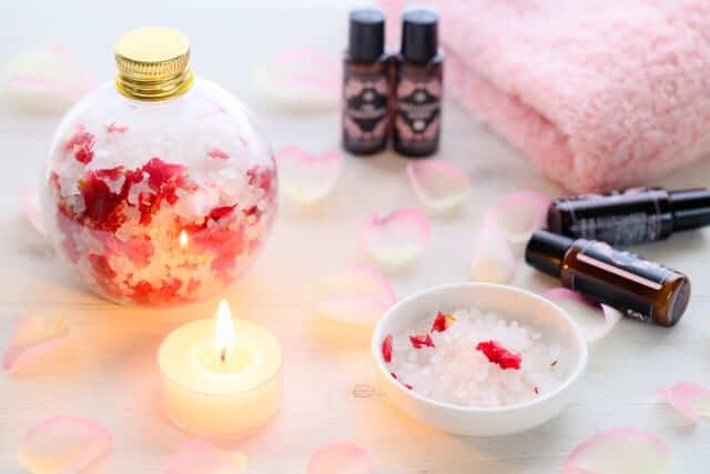 はこじょ森林セラピーラボにて『美容に役立つ入浴剤の勧め~「炭酸ガス系」「ローズの香り系」~』が掲載されました。